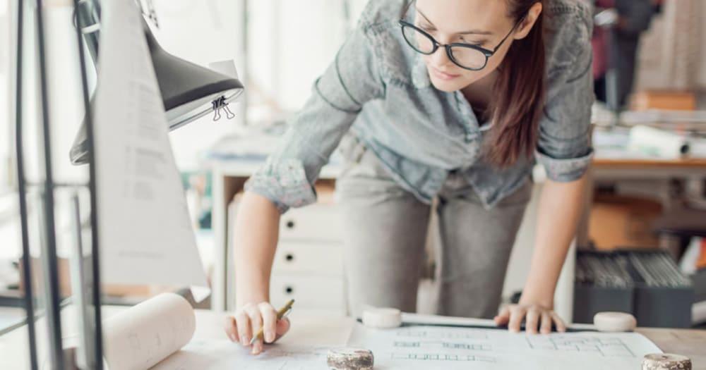 Multi-tasking woman designer